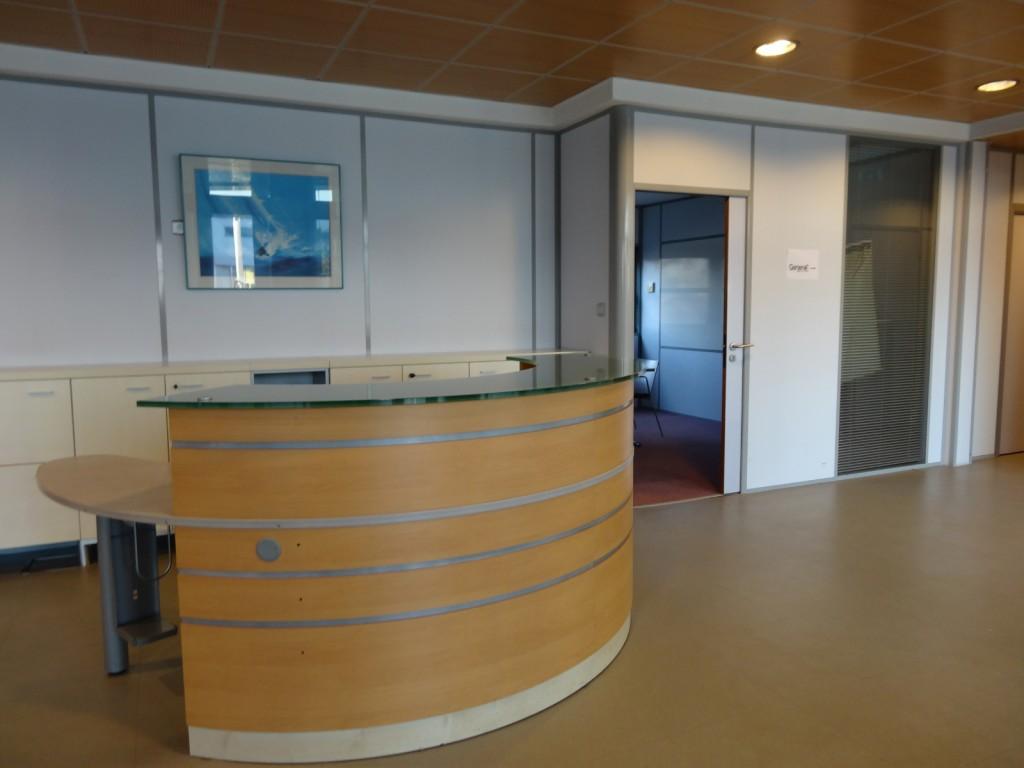 Location bureau de vourles proximit du leroy merlin arca immo - Louer scarificateur leroy merlin ...