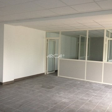 A louer bureau en RDC à Taluyers