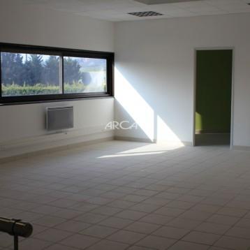 Bureau de 140 m² à louer à Chaponost