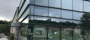 300 m² environ de Bureaux cloisonnés à louer à Saint Genis Laval