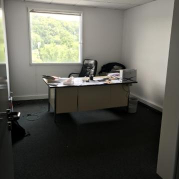 100 m² de Bureaux à louer à Brignais