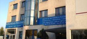 Bureaux cloisonnés à louer Serezin du Rhone