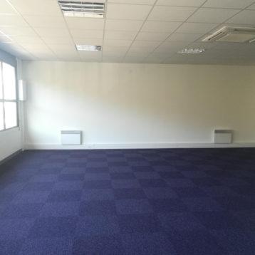 80 m² bureau en R+1
